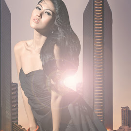 women in the city by Teguh Hardi - People Fashion ( women, city )