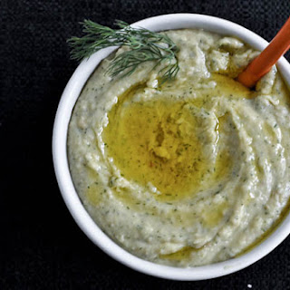 Roasted Garlic and Dill White Bean Dip