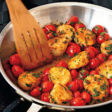 Sauted Scallops with Cherry Tomatoes, Green Onions, and Parsley