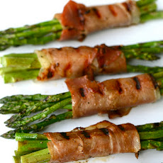 Grilled Proscuitto Wrapped Asparagus Bundles