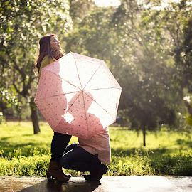 Samantha 4440 by Keith Darmanin - People Maternity ( klikz, maternity, umbrella, mum, kitz, kitzklikz, photography, love, child, kiss, mother, raining, pregnancy, outdoors, pregnant, couple, keith darmanin )