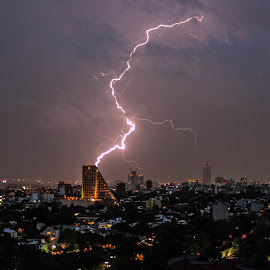 Lightning sale by George Araiza - Buildings & Architecture Office Buildings & Hotels