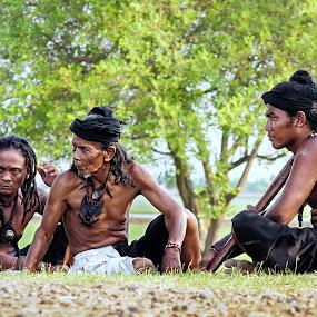 Suku Dayak Hindu - Budha Bumi Segandu Indramayu by Yoga Pratama - People Portraits of Men