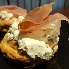 Scones with Herbed Goat Cheese and Prosciutto