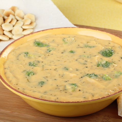 Cream of Broccoli Soup with Roasted Tomatoes and Cheddar Recept ...