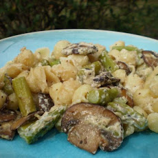 Pasta Shells With Portabella Mushrooms and Boursin Sauce