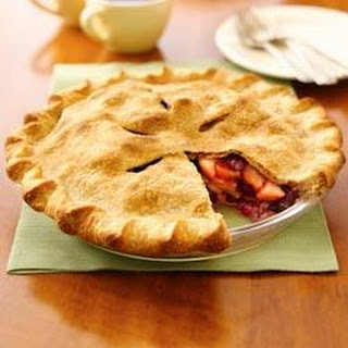 Festive Apple-berry Pie