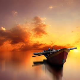kapalku do metu dewe by Indra Prihantoro - Digital Art Things ( transportasi, sunset, boats, sunrise )