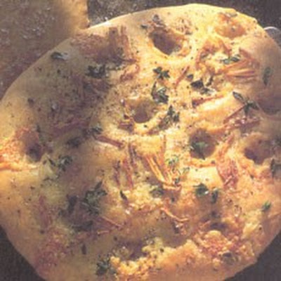 Mini Focaccia Bread with Blue Cheese, Garlic and Thyme Topping