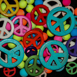 Peace by Eric Tanner - Novices Only Objects & Still Life ( beading, bead, peace sign, colorful, peace, beads, objects,  )