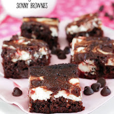Skinny Strawberry Cheesecake Brownies