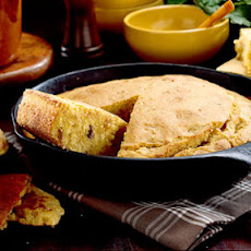 Grannie's Cracklin' Cornbread