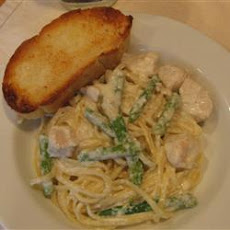 Chicken and Asparagus Fettuccine