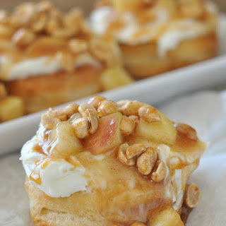 Apple Pie Doughnuts