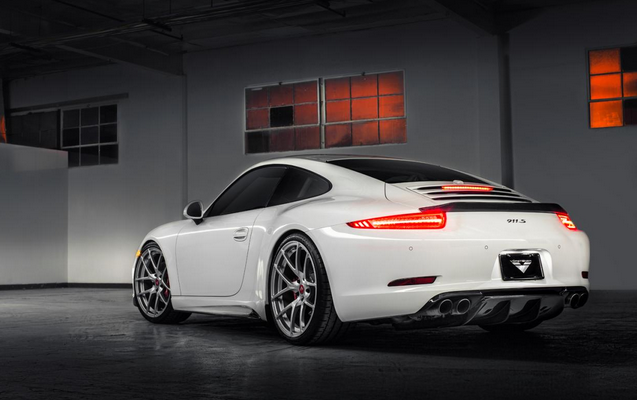 Record Breaking Year For Porsche Cars In Carhoots