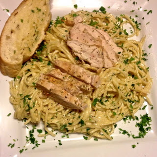 Creamy Chicken and Garlic Pasta (with garlic bread)