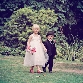 Flowergirl & Pageboy by Alan Evans - Wedding Ceremony ( wedding photography, melbourne wedding photographer, melbourne, aj photography, wedding flowers, ceremony, flowergirl, sister, melbourne botanic gardens, wedding, pageboy, brother, wedding ceremony )