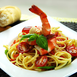 Shrimp Pasta. by Rod Banzon - Food & Drink Plated Food ( eych oallares, michelle salazar, milk cruz., dannah enopre, nini villena )
