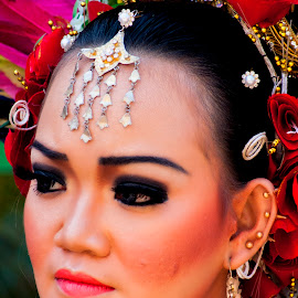 face by Hartono Wijaya  - Novices Only Portraits & People ( potrait, face, fashion, girl, makassar, indonesia, woman, people, close up )