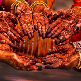 Mehendi Time by Souvik Goswami - Wedding Ceremony