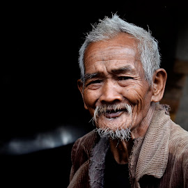 Living Legacy by River Chad - People Portraits of Men ( wander, buscalan, travel, nikon, philippines, people, portrait, elders )