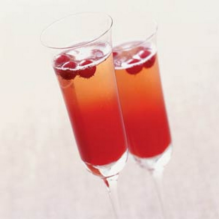 Crimson Spice Champagne Cocktail