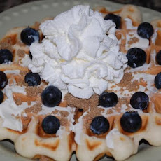 Easy and Fast Fruit 'n Cream Waffles
