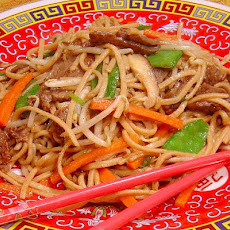 Chinese Stir Fried Beef Noodles