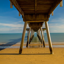 Scarness Jetty Hervey Bay by Gurung Purna - Landscapes Waterscapes ( queensland, hervey bay, sea, scarness jetty, jetty )