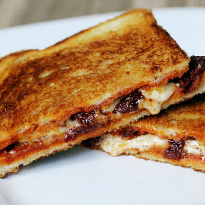 Grilled Cheese Sandwich with Sun-Dried Tomatoes and Harissa