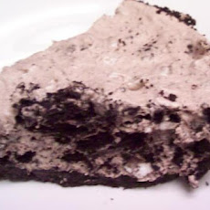 Bria's No-Bake Oreo Mousse Pie