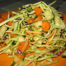 Munchy Crunchy Asian Broccoli Slaw