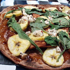 Low Fat Chicken Tandoori Chutney & Banana Pizza