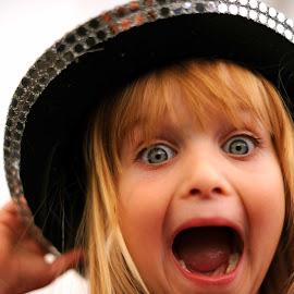 Suprise by Nick Tizard - Babies & Children Child Portraits ( joy, happy, fun, suprise, eyes )