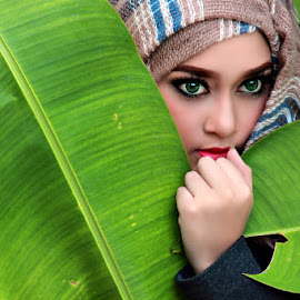 Hijab Beauty by Benny Cuexz - People Fashion