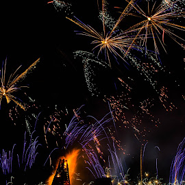 Bond Fires on the Levee by Sheldon Anderson - News & Events Entertainment ( bond fires on the levee, night photography, louisiana, fireworks, street photography )