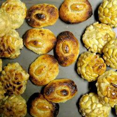 Catalan Potato Biscuits - Panellets