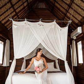 Waiting by Amin Basyir Supatra - Wedding Bride ( love, bali, relax, prewedding, wedding, bride )