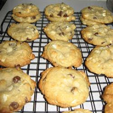 Double Chocolate Chip Macadamia Cookies