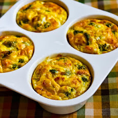 Baked Mini-Frittatas with Broccoli and Three Cheeses