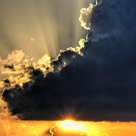 Lady in the Sky by Adrien Sutter - Landscapes Cloud Formations ( colour, colourful, sky, sunlight, sun )