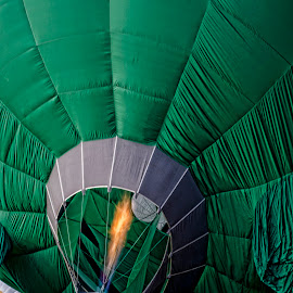 Get Ready by Farley Avellaneda - News & Events Sports ( hot air balloon, people )