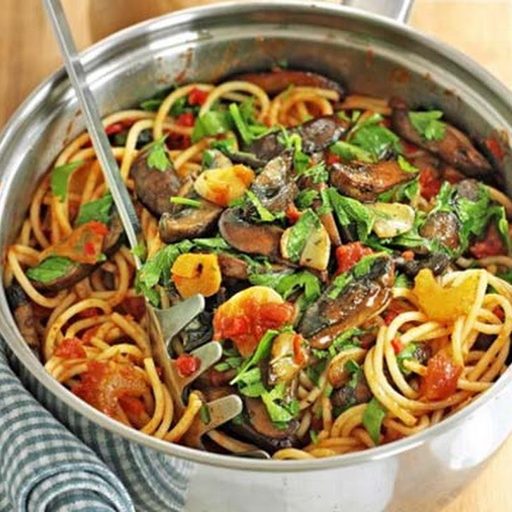 Spaghetti With Mushrooms, Garlic And Oil Recipes — Dishmaps