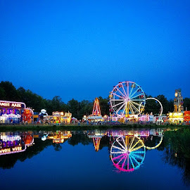 Fun night at Bolton Fair. by Annelie Connolly - Instagram & Mobile iPhone ( visitma, boltonfair )