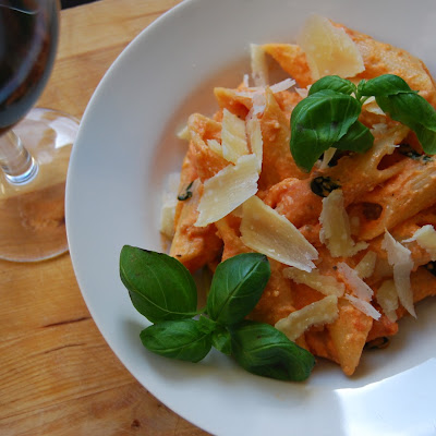 TOMATOES AND MASCARPONE PASTA