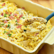 Macaroni and Cheese with Chicken, Caramelized Onions and Bacon