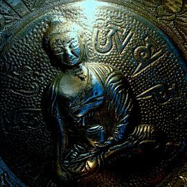 Little Buddha    by Kaoru Arai-Lewman - Instagram & Mobile iPhone ( metallic, buddha )