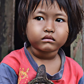 Child in tears by Mursyid Alfa - Babies & Children Child Portraits