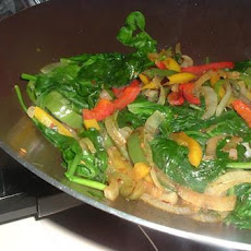 Spinach & Mixed Peppers