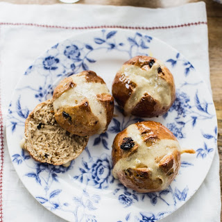 Earl Grey Hot Cross Buns